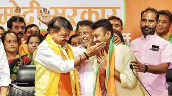 Mukul Roy, who was the TMC's founder member and a close aide of Mamata Banerjee, joined the BJP in 2017. His son,Subhranshu Roy, switched sides two years later. (HT PHOTO.)