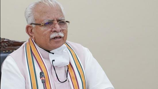 The CM Khattar said in the letter written to him by Hooda, it was apparent that his attitude was only to criticise the state government's handling of the situation rather than extending cooperation (HT Photo)