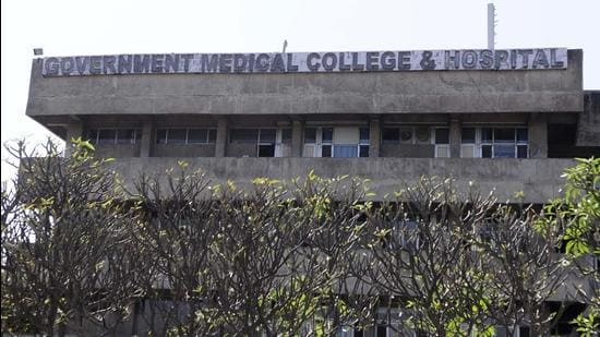 According to sources, in the last 15 days, 110 Covid patients from Chandigarh and other states have died at Government Medical College and Hospital in Sector 32. (HT FILE PHOTO)