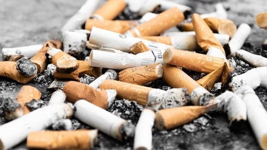 Ban on flavoured tobacco products or vaping might lead teens to smoke cigarettes(Unsplash)