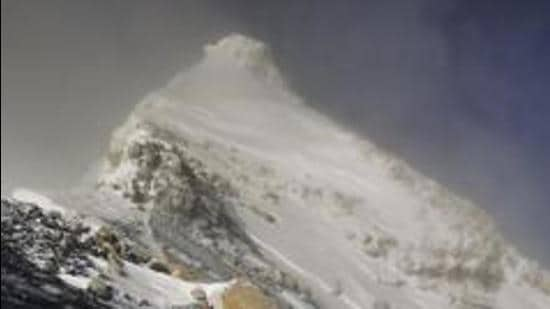 Some experts in Bengal argue that Everest be called Sikdar Parvat or Sikdar Sikhar in India. (AP Photo/File)