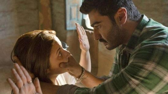 Arjun Kapoor and Parineeti Chopra in Sandeep Aur Pinky Faraar.