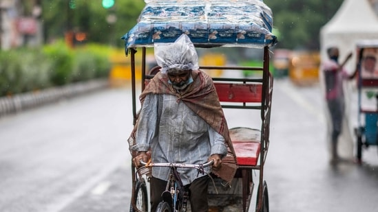 On Sunday, Gurugram recorded a maximum temperature of 38.7 ° C, three degrees below the normal, and a minimum temperature of 25.7°C, which was one degree below normal.(AFP file photo)