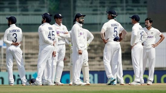 Indian cricket team captain Virat Kohli with teammates.(PTI)