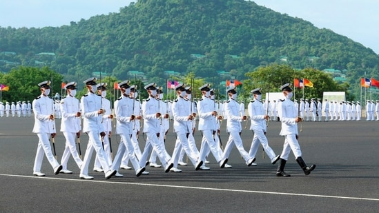 Last year, for the first time in its history, the IMA held a passing out parade without parents due to the Covid-19 pandemic. In picture - A Passing out Parade (POP) held at Indian Naval Academy (INA), Ezhimala in Kannur.(PTI | Representational image)