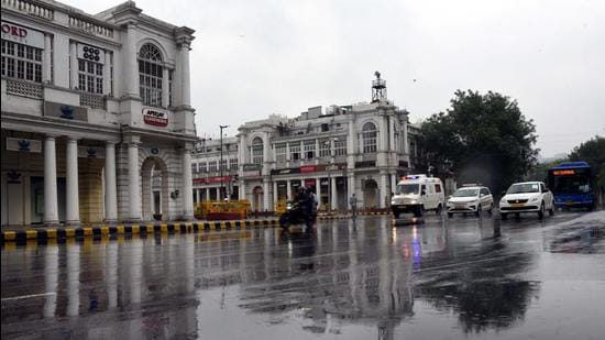 A view of Connaught Place during a spell of rain in New Delhi May 19, 2021. (Arvind Yadav/HT PHOTO)