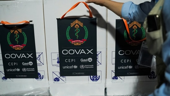 Spanish Prime Minister Sanchez, who announced a donation of 15 million doses and 50 million euros to COVAX. REUTERS/Cindy Liu(REUTERS)