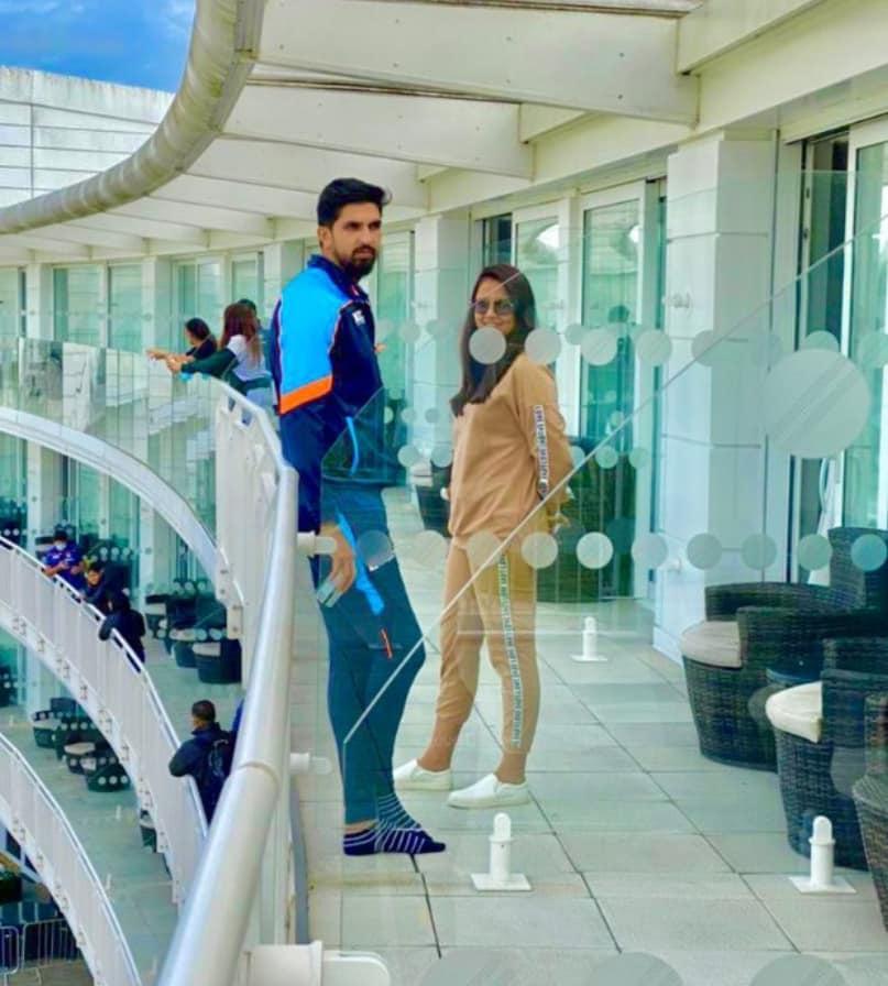 Ishant Sharma at the balcony of the Hilton Hotel(Ishant Sharma / Facebook)