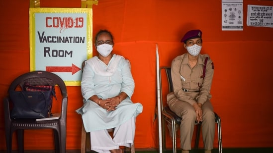 Out of the 63 individuals — 41 male, 22 female —enrolled in the study, 10 individuals were administered Covishield, while 53 received Covaxin. (Photo by Sanchit Khanna/ Hindustan Times)(Sanchit Khanna/HT PHOTO)