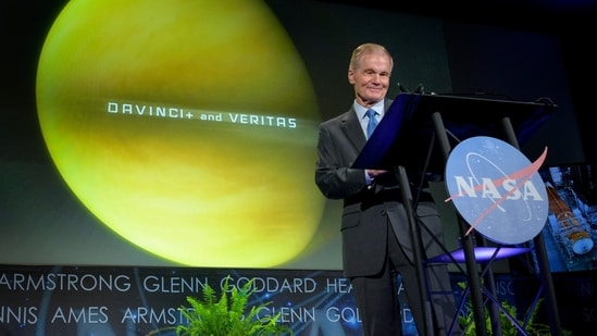 Nasa administrator Bill Nelson speaks during his first major address to employees, at the agency's headquarters in Washington.(AP / File)