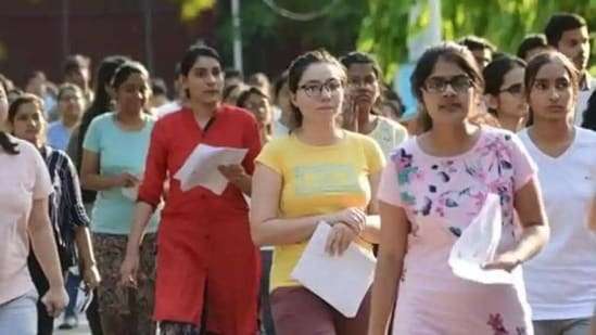 BPSC 64th CCE final result: BPSC had shortlisted a total of 3,799 candidates for the interview round out of which 1,454 candidates have cleared the examination.(HT file)