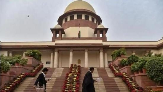 The cause of the first woman Chief Justice of India, in the present scenario, can't be achieved for six years but during this period, an attempt can be, and should be, made to give due and adequate representation to women in the high courts and in the Supreme Court. (HT file photo)