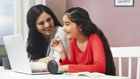 Engaged listening techniques help teenagers when they admit bad behaviour and share hurt feelings with their parents, a new study has shown.(File image)