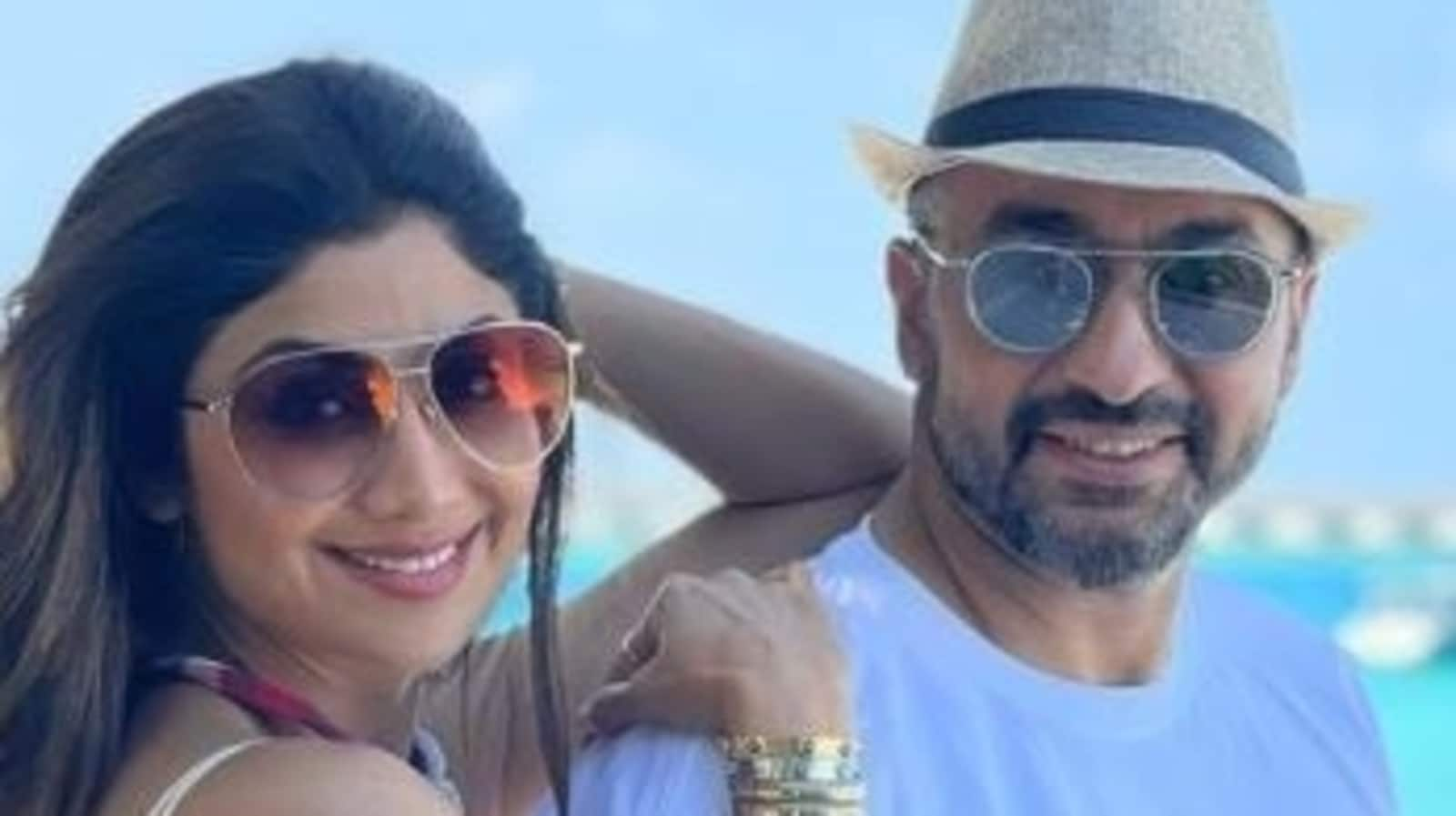 When Raj Kundra showered Shilpa Shetty with gifts but she told him 'nothing could happen between' them - Hindustan Times thumbnail