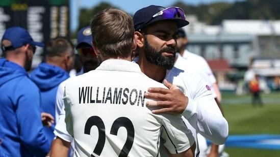 India captain Virat Kohli hugs New Zealand skipper Kane Williamson(Twitter)