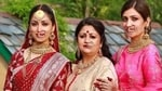 Yami Gautam poses with her mother and sister.