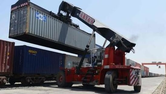 Tentative data for the first week of June released by the commerce ministry on Wednesday showed exports grew 52.4% to $7.71 billion, while imports rose 82.91% to $9.1 billion.(AFP)