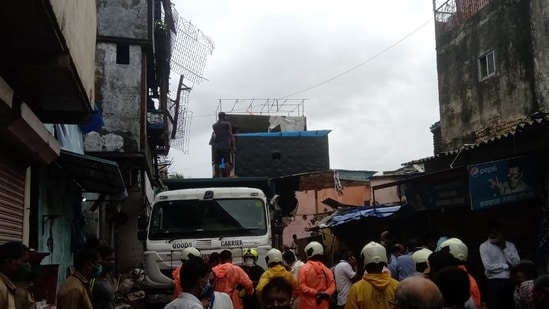 Rescue operations all collapse site (HT Photos)