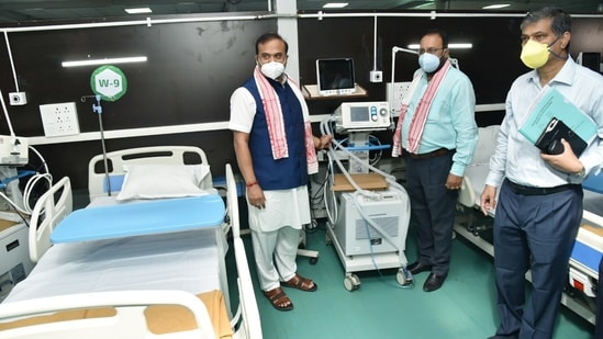 Assam chief minister Himanta Biswa Sarma inaugurates 300-bedded COVID hospital by State Government and DRDO, at Indira Gandhi Stadium in Guwahati,(PTI)