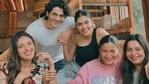 Alia Bhatt, Shaheen Bhatt dan Akancha Ranjan bergabung dengan teman-teman mereka untuk makan siang bersama.