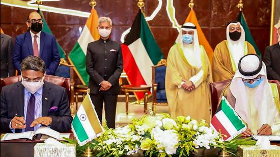 External Affairs Minister Dr. S Jaishankar along with Kuwaiti Foreign Minister Ahmed Nasser al-Mohammed al-Sabah at the signing of the agreement between Indian and Kuwait. (PTI PHOTO.)