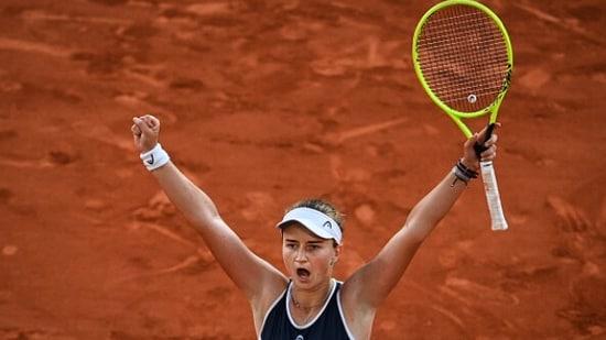 Barbora Krejcikova celebrates against Anastasia Pavlyuchenkova during French Open final.(Getty Images)