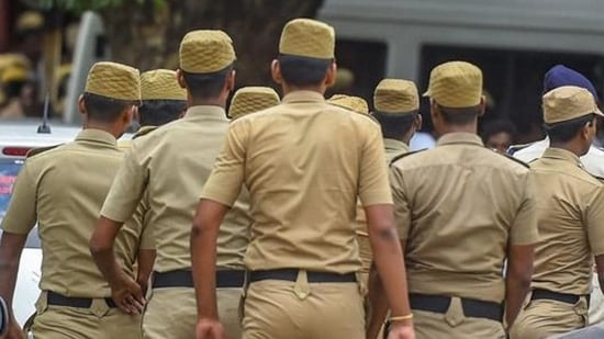 A case was also registered against the policemen in Madhya Pradesh's Indore for assaulting the vegetable seller.(Representative image/PTI)