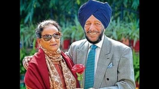 Nirmal with husband and legendary sprinter Milkha Singh, who is also undergoing treatment for post-Covid complications, in Chandigarh. (HT file photo)