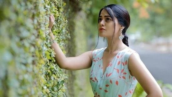 Bindu Madhavi is also a successful model.