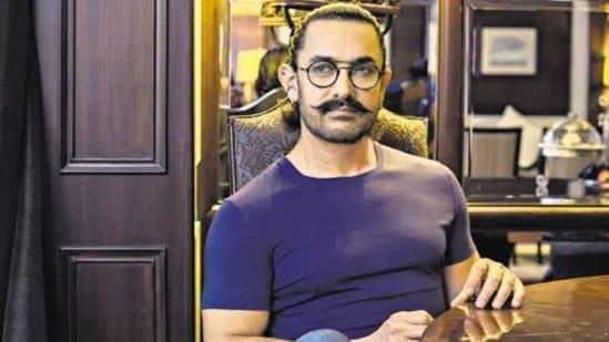 Aamir Khan is the son of Tahir Hussain.