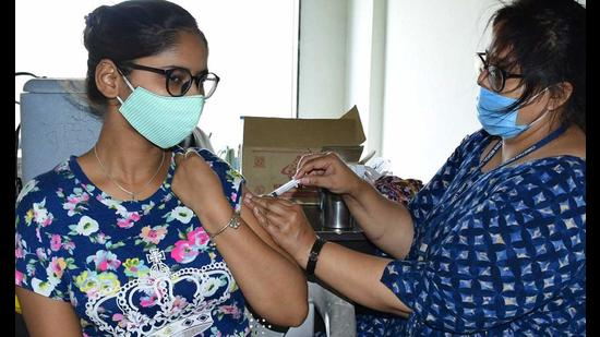 In a promising trend, the number of active cases also dropped below the 1,000-mark for the first time since April 13 in Ludhiana. (Representative Image/HT )