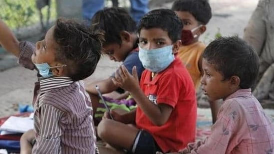 Possible 3rd wave of Covid unlikely to affect children, reveals WHO-AIIMS survey   Latest News India - Hindustan Times
