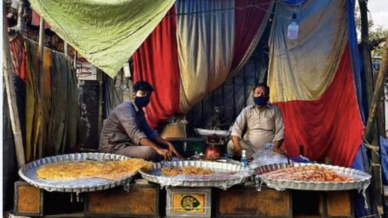 A few days after the lockdown, the self-proclaimed Sultani Hotel in Hazrat Nizamuddin Basti is back in business