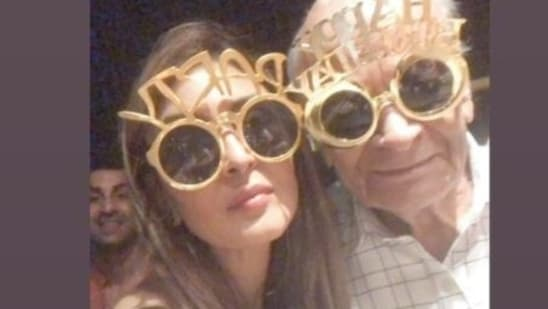 Ranbir Kapoor photobombs Riddhima Kapoor Sahni at Alia Bhatt's grandfather's birthday celebrations.