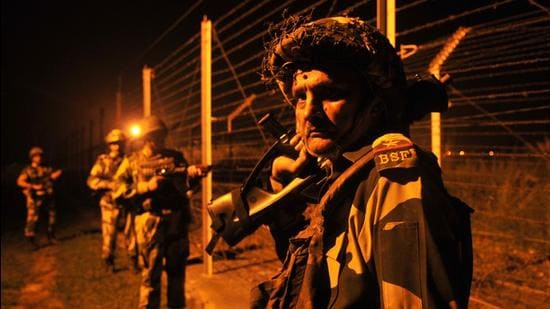 Indian and Pakistani militaries announced on February 25 that they had begun observing a ceasefire along the LoC from midnight of February 24. India and Pakistan had agreed to a ceasefire on the LoC in November 2003, but it was frequently violated. (HT PHOTO.)