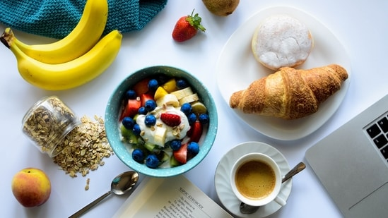 Adults who skip their morning meals, miss out on key nutrients like calcium, vitamin C, fibre, other vitamins and minerals.(Unsplash)