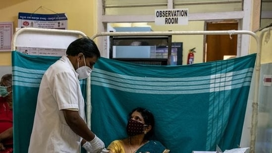 Even though India has managed to gain slight control over the second wave of the pandemic after it had witnessed its worst health crisis in April this year, the possibility of a third and more deadly wave is still lurking.(Reuters file photo)