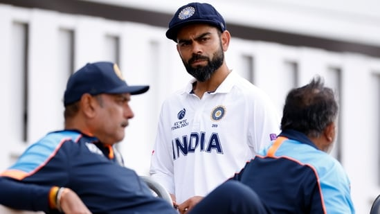 India's Virat Kohli along with head coach Ravi Shastri and bowling coach Bharath Arun at Rose Bowl stadium ahead of WTC Final.(Action Images via Reuters)