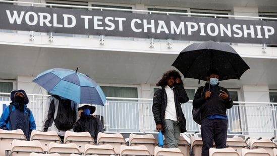 India v New Zealand - Rose Bowl, Southampton, Britain - June 18, 2021 People hold umbrella's in the rain before the start of play Action Images via Reuters/John Sibley(Action Images via Reuters)