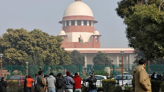 The state government approached the Supreme Court on June 11 to oppose a June 9 high court decision refusing to accept affidavits by CM Mamata Banerjee and law minister Moloy Ghatak (REUTERS)