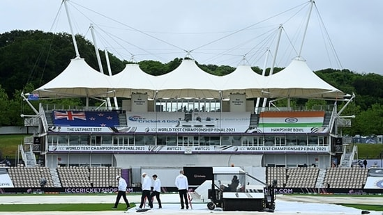 Although rain is expected on Day 2, the forecast for the first-half looks good in Southampton. (Getty Images)