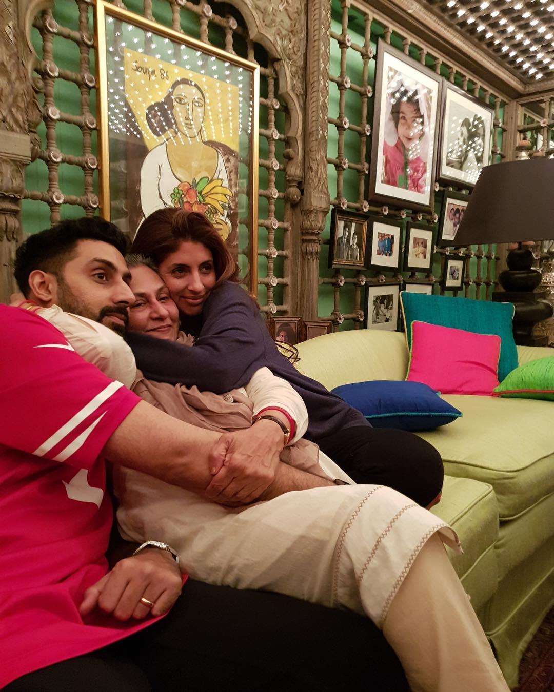 Abhishek Bachchan, Jaya Bachchan and Shweta Bachchan at their home Jalsa.