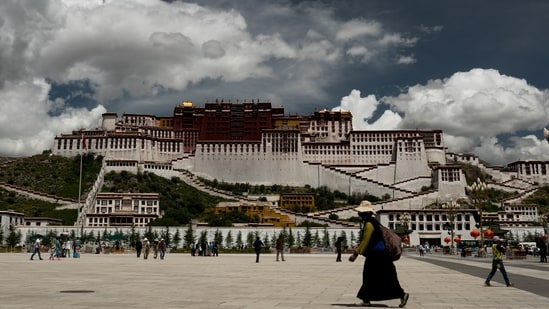The number of visitors is limited to 5,000 per day at Potala Palace in Tibet, the former home of the Dalai Lamas.(Unsplash)