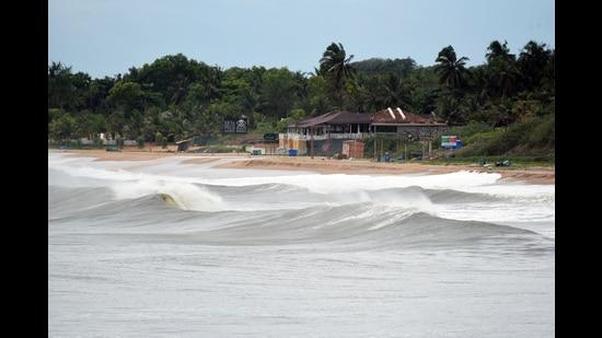 Goa, May 15 (ANI): Large waves seen hitting the coast on the bank of the Arabian sea at Aguada due to Cyclone ' Tauktae' on Saturday. (ANI Photo) (ANI)