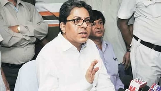 In a memo issued to Alapan Bandyopadhyay, the Centre said that it proposed to hold major penalty proceedings against him under Rule 8 of All India Services (Discipline and Appeal) 1969 and Rule 6 of All India Services (Death-cum-Retirement benefits) Rules, 1958.