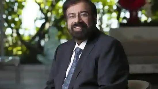 Harsh Goenka shared a clip showing a machine that makes people wear masks.(HT File Photo)