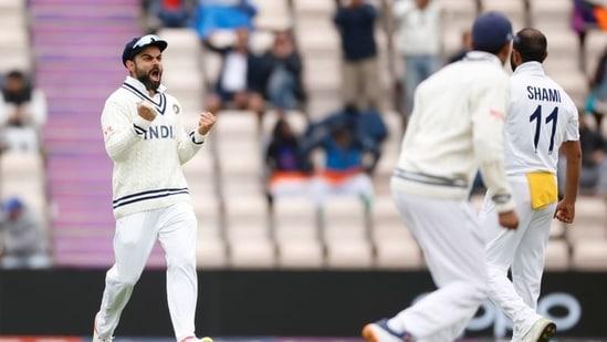 Virat Kohli celebrates the wicket of New Zealand's Ross Taylor(Action Images via Reuters)