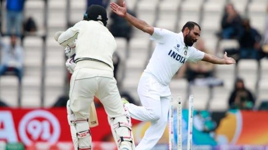 Mohammed Shami celebrates the dismissal of New Zealand's BJ Watling(AP)