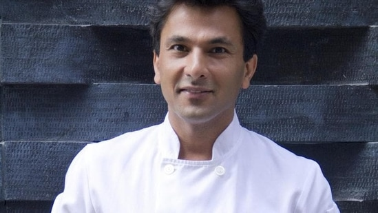 The post by Vikas Khanna has prompted people to share all sorts of comments.(HT Photo)