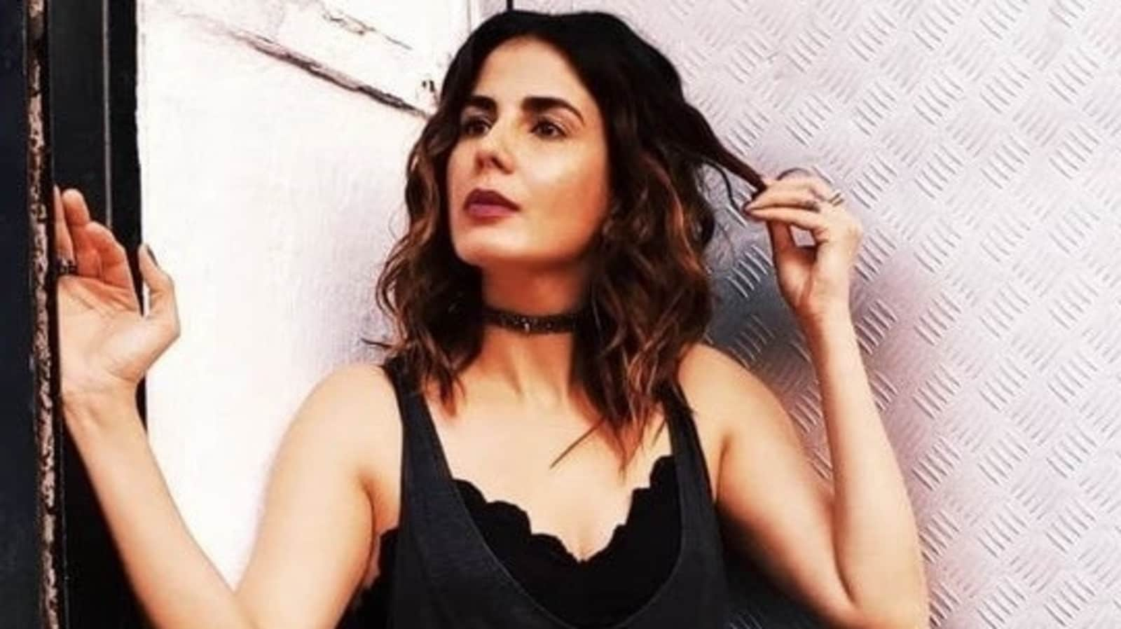 Kirti Kulhari recalls being replaced in a film overnight while battling depression: 'It just shook me up' - Hindustan Times